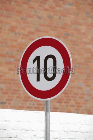 alemania, señal, de, límite, de, velocidad - 21124221