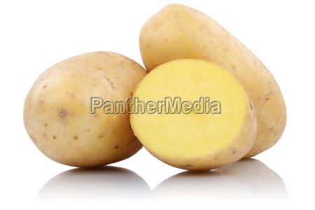 patatas frescas libres de verduras aisladas