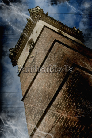 francia alsacia campanario vista de angulo