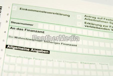 formulario de impuestos primer plano