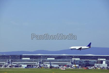 germany frankfurt airport airplane approaching