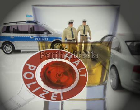 firma de la policia y figuras