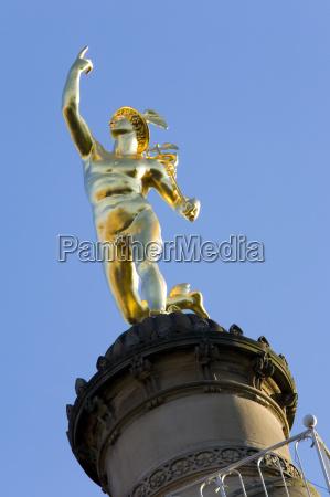 paseo viaje ciudad arte estatua escultura