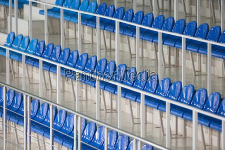 asientos en estadio deportivo primer plano
