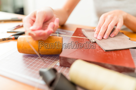 mano herramienta artesano moda femenino el