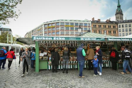 Mercado de alimentos al aire libre en m nich derechos for Banco de paletas al aire libre