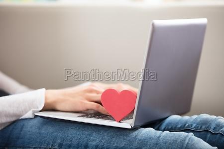 portatil computadoras computadora ordenador mujer mujeres