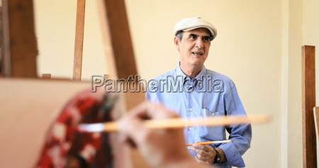 escuela de arte con el maestro