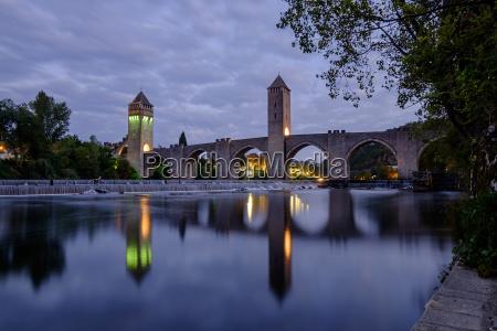 torre luz paseo viaje arquitectura historico