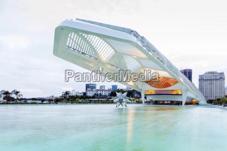 paseo viaje arquitectura ciudad color horizontalmente