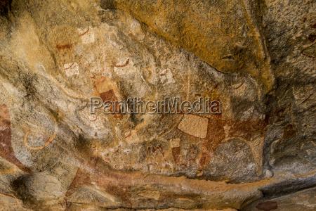 paseo viaje color cueva africa horizontalmente