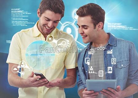 ejecutivos que sostienen la tableta digital