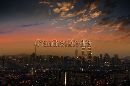 kuala lumpur skyline night scene