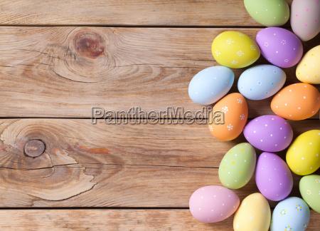 fondo de pascua con huevos de