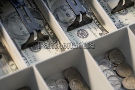 compartimiento efectivo algunos nota pagar dolar