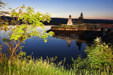 anderson, hollow, lighthouse, by, pond, at - 23902770