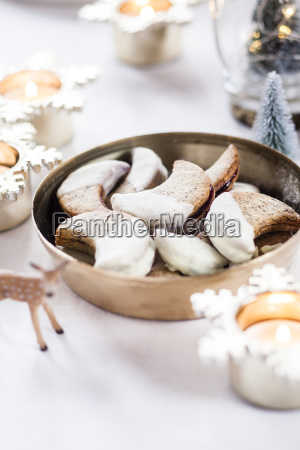 bowl of poppy seed cookies filled