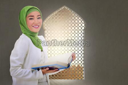 mujer risilla sonrisas hermoso bueno religion