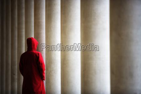 esperar espera arquitectura liberado columnas horizontalmente