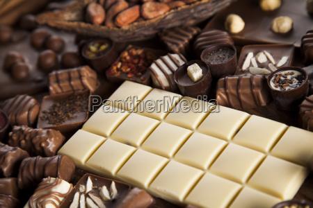 canela chocolate negro con leche y