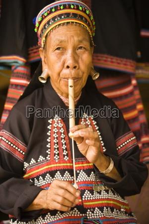 musica juego juega instrumento musical asiatico