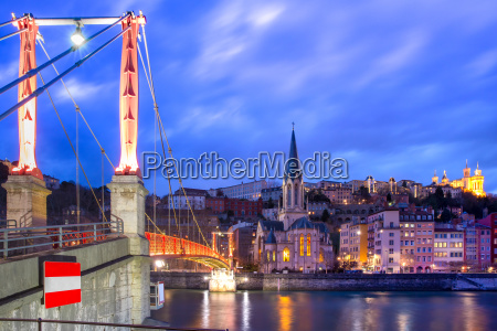 night old town of lyon france