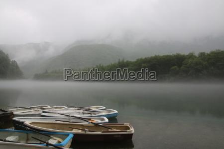 canoa ademas de la cubierta