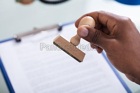 oficina africa africano documento aprobar permiso