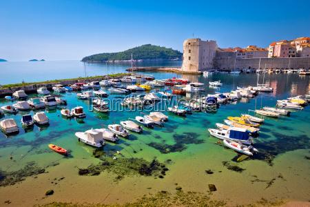 el puerto de dubrovnik y las