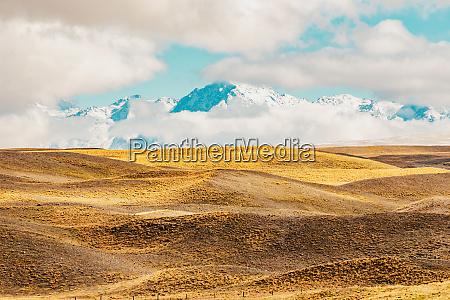 paisaje montanyoso de nueva zelanda rodado