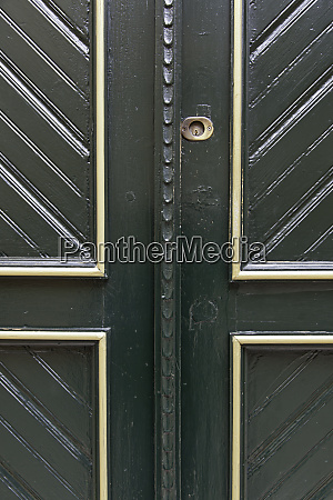 former victorian green door