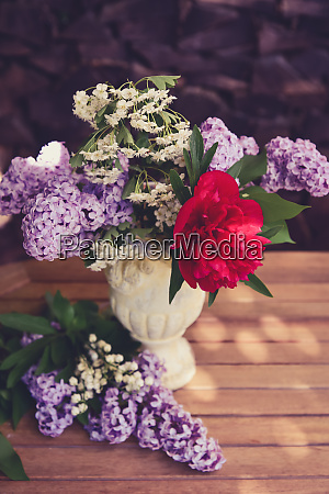 bouquet with lilac and peony roses