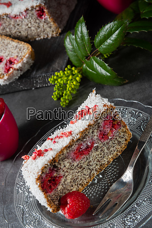 poppy seed cake with raspberries and