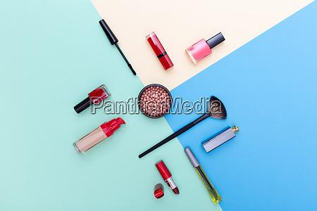 cosmeticos decorativos productos de maquillaje y