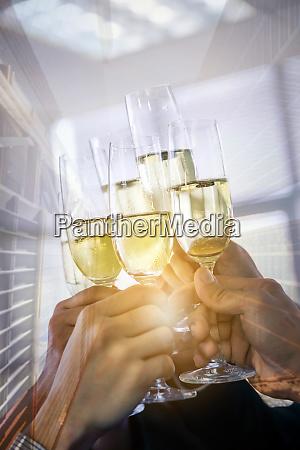 celebracion de negocios doble exposicion