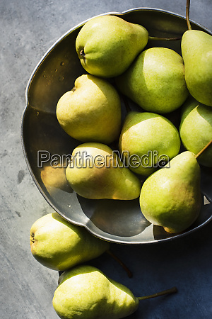 still, life, of, pears, in, metal - 27626287