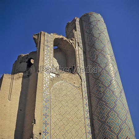 uzbekistan bujara el minarete es donde