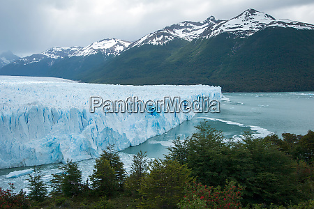 cara terminal del glaciar perito moreno
