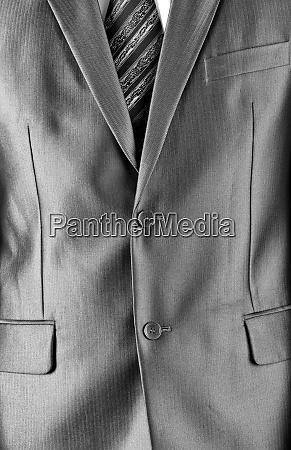 traje de negocios caro