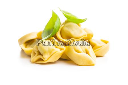 pasta tortellini pasta rellena italiana