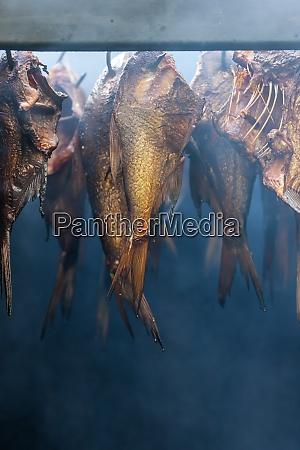 bodegon de pescado ahumado