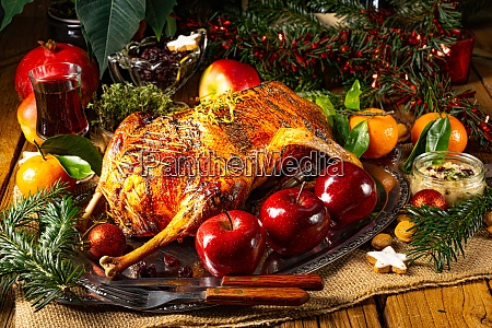 tierno y jugoso ganso de navidad