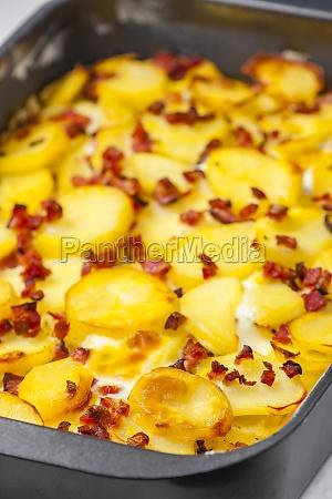 bodegon de patatas al horno con
