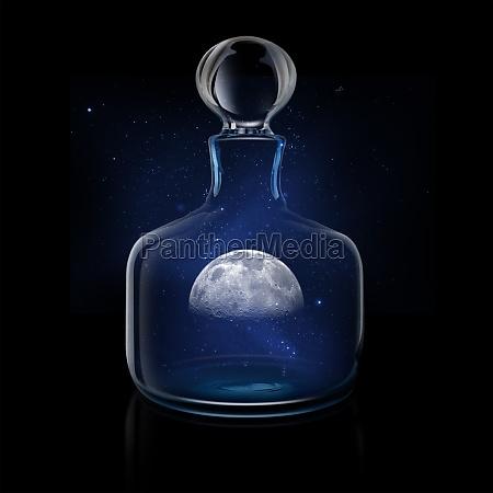 misteriosa luna en decantador de vidrio