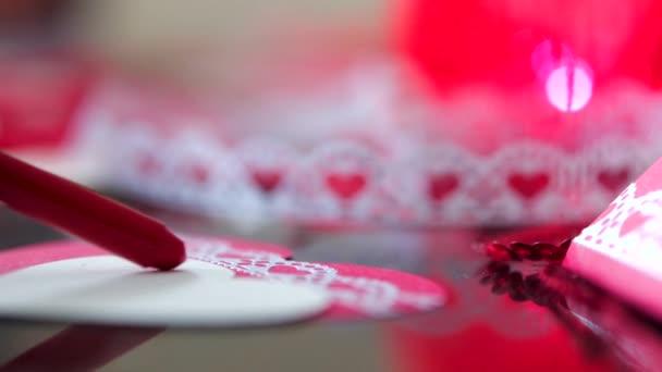 rojo blanco objeto nadie regalo hermosa